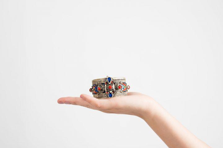 Bracelet Stones Stories